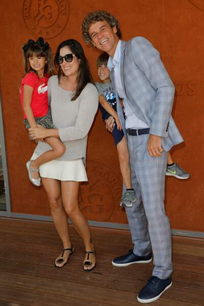 L'ancien champion de Roland Garros Gustavo Kuerten est venu en famille