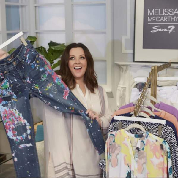 """Idéale pour promouvoir sa ligne de vêtements """"Melissa McCarthy Seven7"""" lancée il y a 2 ans !"""