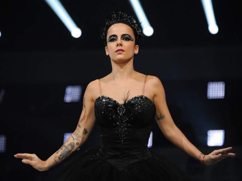 Alizée éblouissante à la première de la tournée Danse avec les stars à Bercy