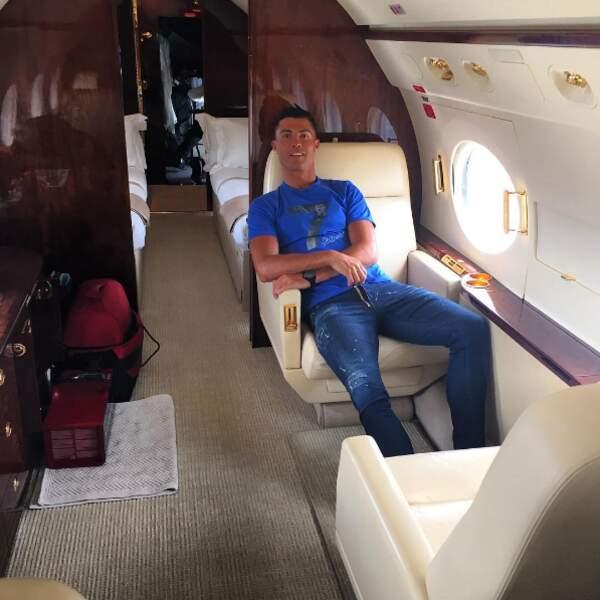 S'il en est un qui profite de ses vacances, c'est bien Cristiano Ronaldo !