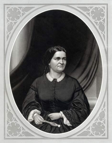 Impopulaire en son temps, Mary Todd Lincoln a été mariée à Abraham Lincoln, 16è président