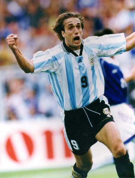 8. Gabriel Batistuta (Argentine) 10 buts
