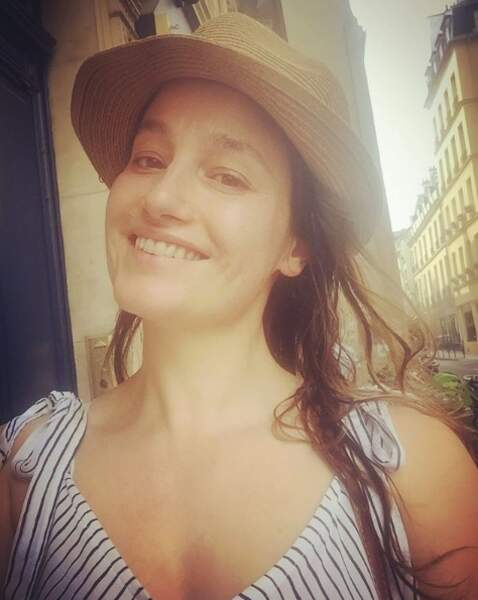 Marie Gillain ose le selfie sans rien sur sa peau !