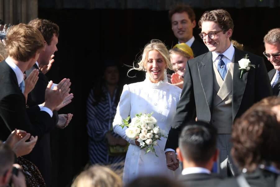 Mais tout s'est bien passé, et c'est au bras de son désormais mari qu'elle est ressortie de la cathédrale