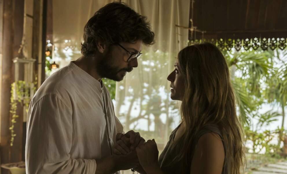 L'amour aussi est toujours au rendez-vous entre le Professeur et Raquel