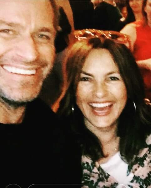 Mariska aussi est fan… de son mari, l'acteur Peter Hermann