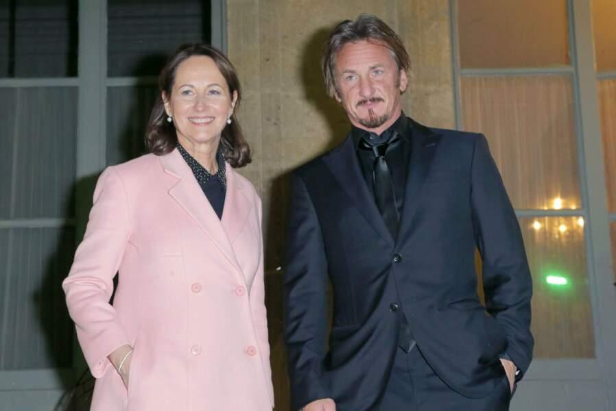 Ségolène Royal a, elle, accueilli Sean Penn. Classe !