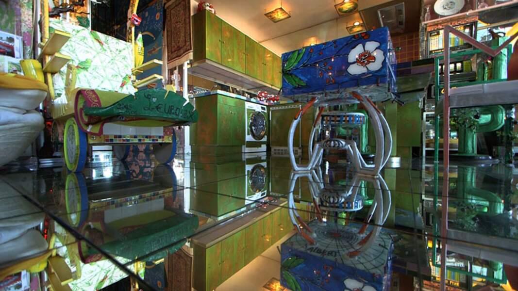 L'Appartement « Aux miroirs », un intérieur qui donne le vertige !