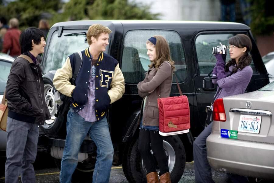 Dans la saga Twilight bien sûr, où elle incarnait Angela, une camarade de classe de Bella