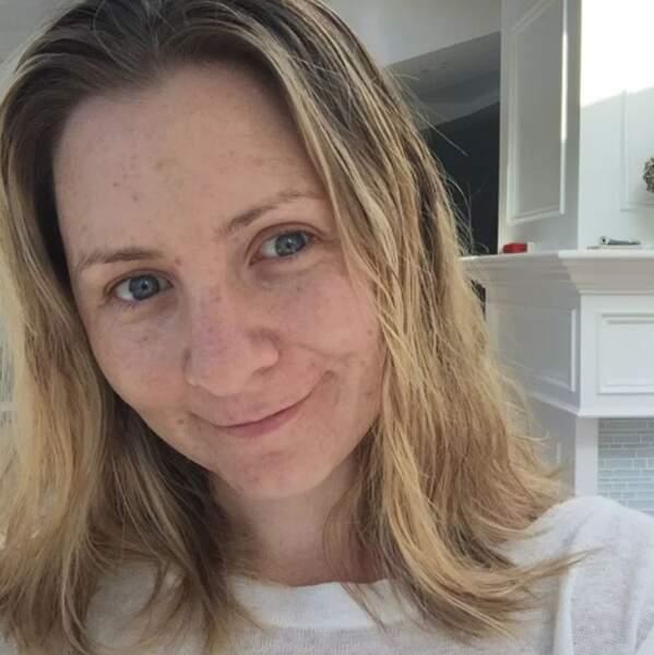 L'actrice ne s'est pas contenté d'un selfie : elle en a posté plusieurs pour le challenge Enlève ton maquillage