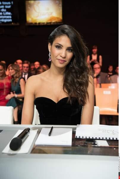 …Chloé Mortaud, qui fut Miss France en 2009…