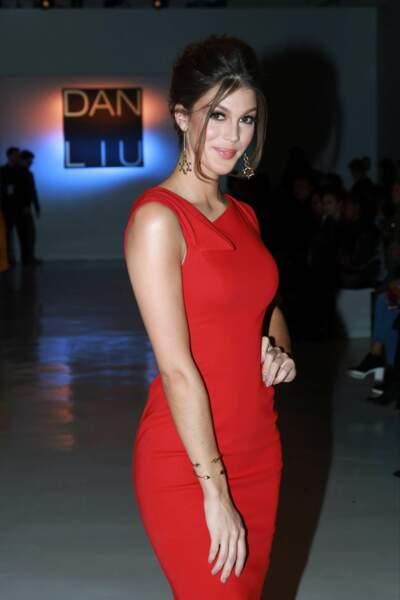 Iris Mittenaere a volé la vedette aux mannequins lors de la Fashion Week de New York