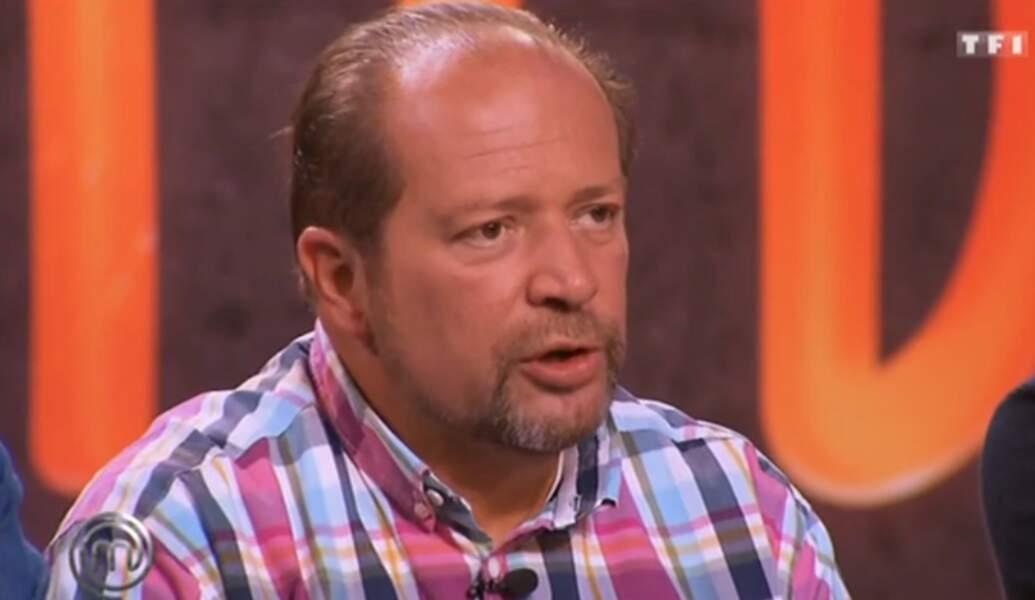 Vous aimez la couleur ? Voici la chemise de Gilles Goujon dans MasterChef !