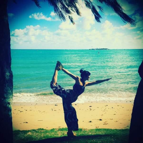 Même à l'autre bout du monde, Elodie Frégé prend le temps de faire de l'exercice...