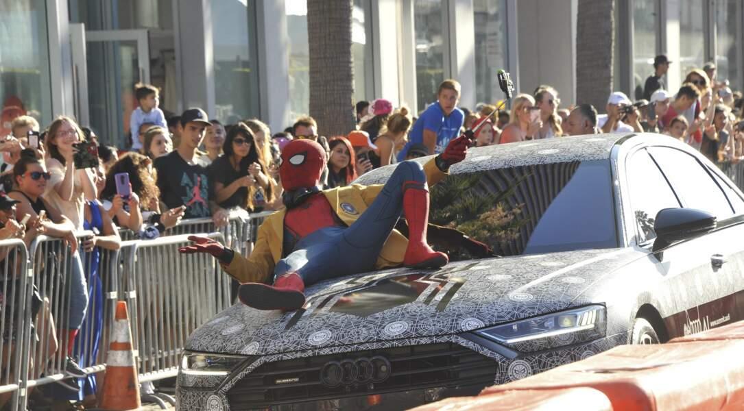 Hier soir à Los Angeles, avait lieu l'avant-première de Spider-Man Homecoming... Le héros était là !