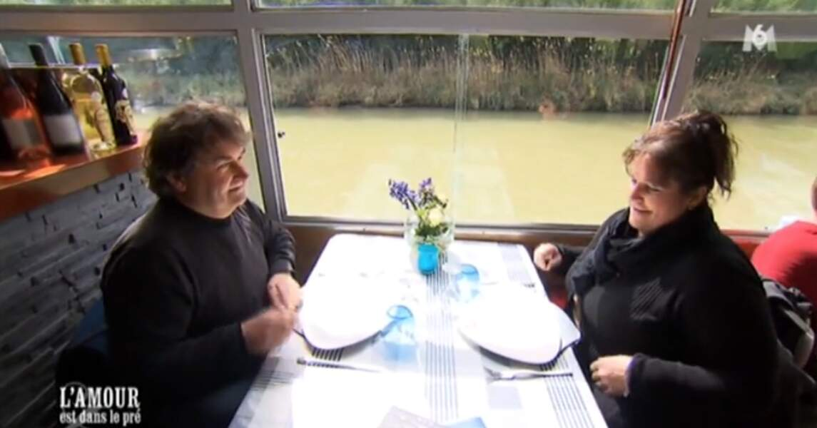 Allez hop, Sandrine embarque Michel sur le canal du midi. On espère qu'il n'a pas le mal de mer