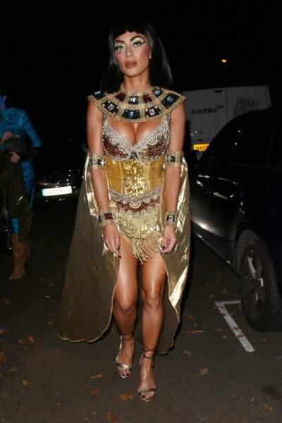 Nicole Scherzinger a fait sensation en Cleopâtre à la soirée londonienne de Jonathan Ross