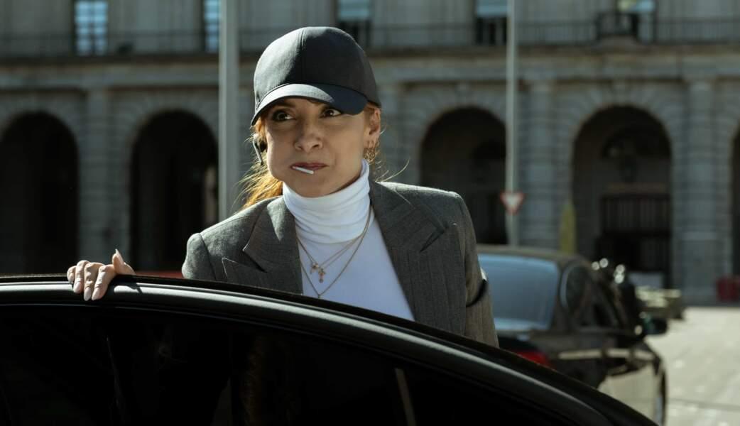 Du côté des flics, Alicia (Naja Nimri) va les traquer sans relâche
