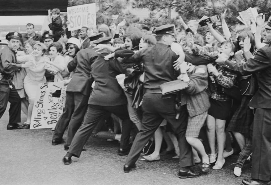 L'hystérie des fans des Rolling Stones à New York en juin 1964