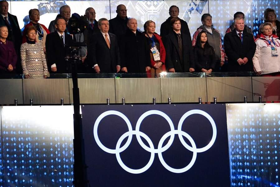 Vladimir Poutine les a enfin ses JO... Il peut regarder le spectacle et savourer !