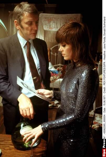 En 1970, juste après le tournage de Klute, elle est arrêtée à l'aéroport de Cleveland pour trafic de drogues