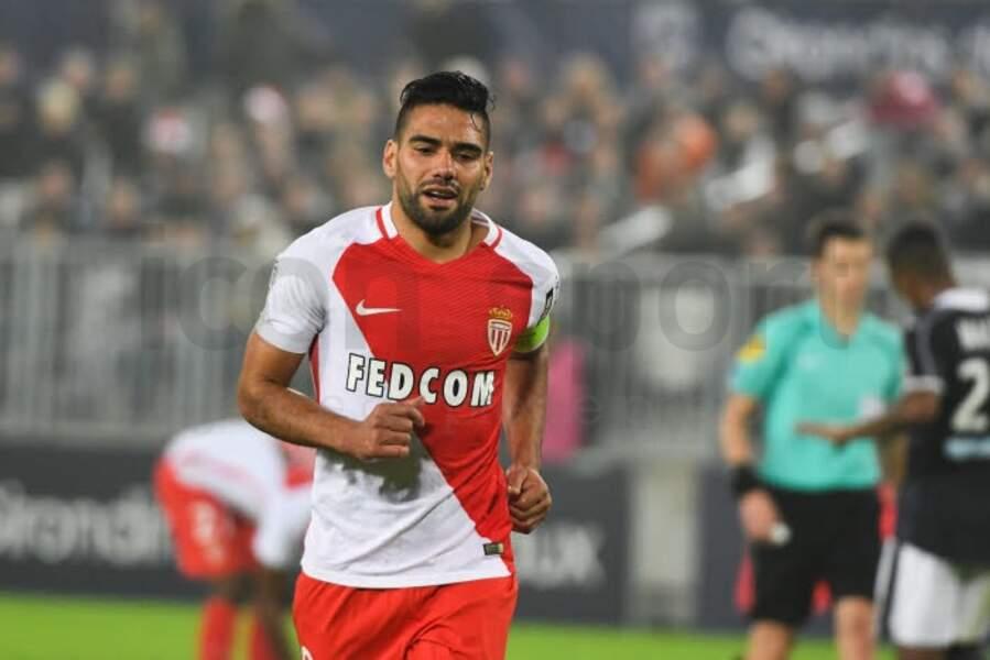 7. La star colombienne de l'AS Monaco, Radamel Falcao, engrange 600 000 € mensuellement !