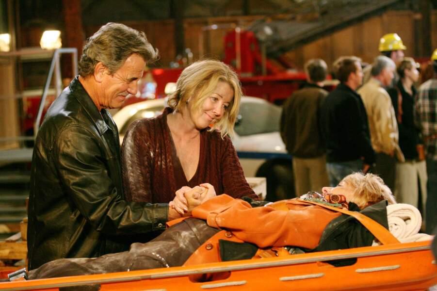 Katherine (Jeanne Cooper) pouvait compter sur le soutien de Nikki (Melody Thomas Scott) et Victor (Eric Braeden).
