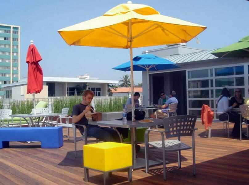 Vous aussi vous voulez faire votre pause déj dans les locaux Google de Santa Monica, non ?