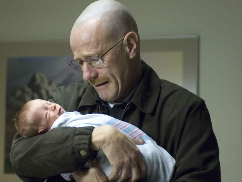 Walter White est papa pour la deuxième fois, de quoi lui donner envie de gagner plus, toujours plus
