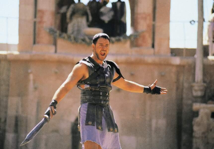 Russell Crowe au sommet de sa sexytude dans Gladiator (2000)