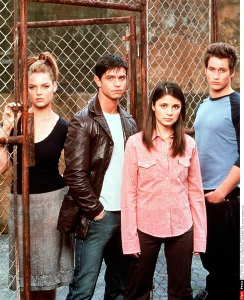 La série Roswell a été diffusée entre 1999 et 2002