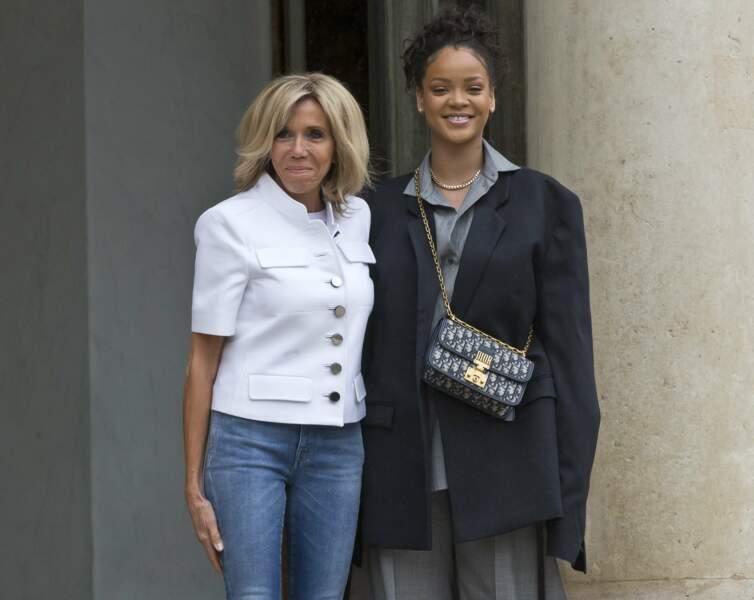 Ambassadrice de l'organisation Global Partnership for Education, elle rencontre durant l'été Brigitte Macron.