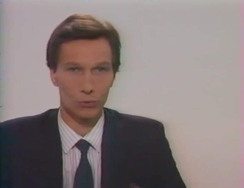 Patrick Charles, présentateur du Journal de M6, ici en 1988