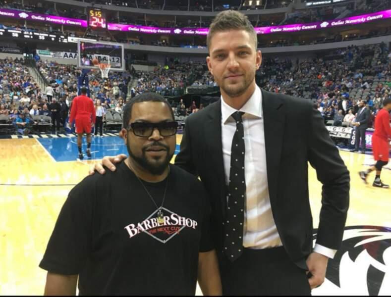En NBA, le rappeur Ice Cube est venu soutenir les Dallas Mavericks