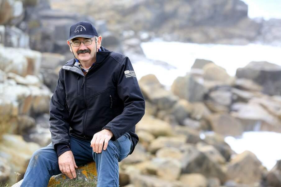 Paulo a 60 ans et vit en Bretagne