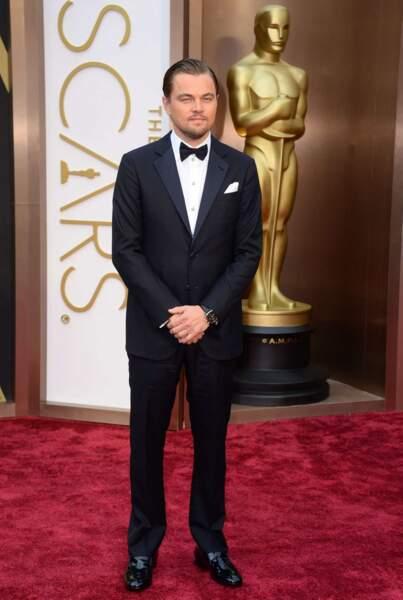 Leonardo DiCaprio, reparti les mains vites, ne manquait pas d'élégance et de charme !