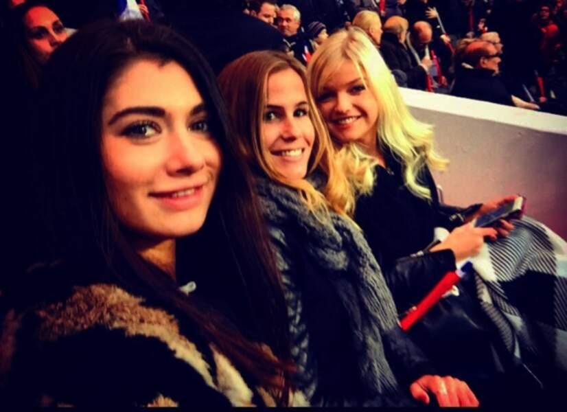 Laurie s'était fait des copines sur le tournage du Bachelor. Ici avec Maud et Clémence.