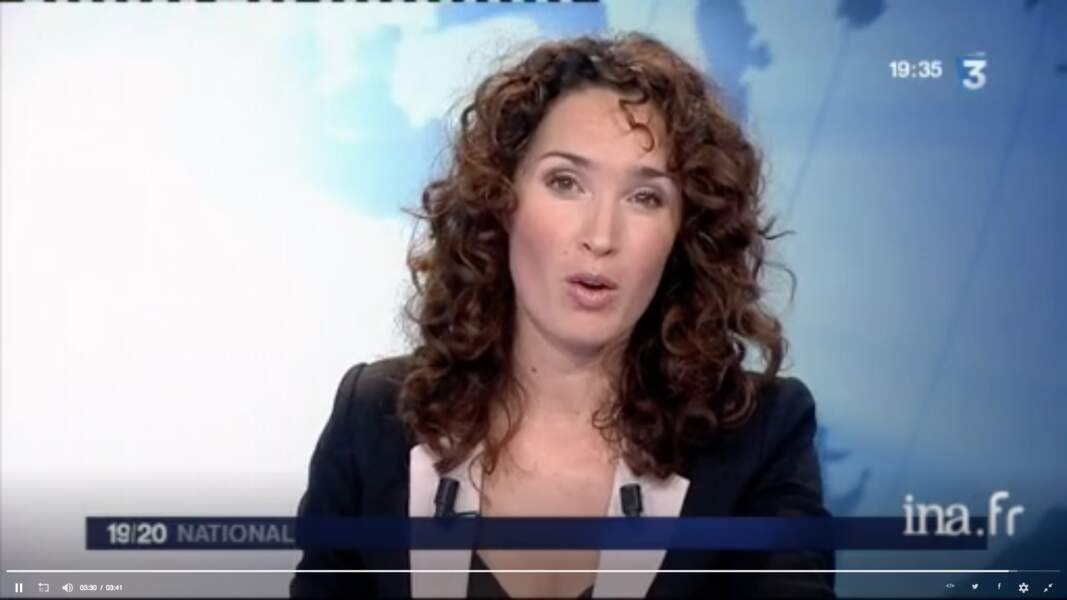 En 2010, Marie-Sophie Lacarrau présente le 19-20 de France 3