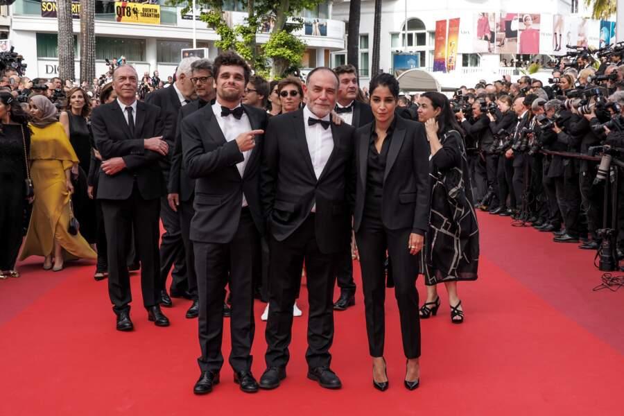 Également sur ce tapis rouge, Leila Bekhti avait sorti le costume