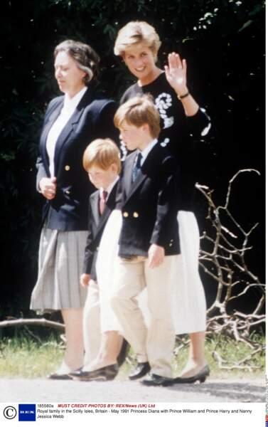 Mis à part maman, celle que le petit Harry adore c'est Jessie Webb, sa nounou