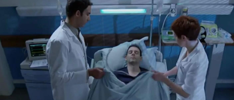 Février : Gabriel aide le mari d'une amie, un patient en phase terminale, à mourir