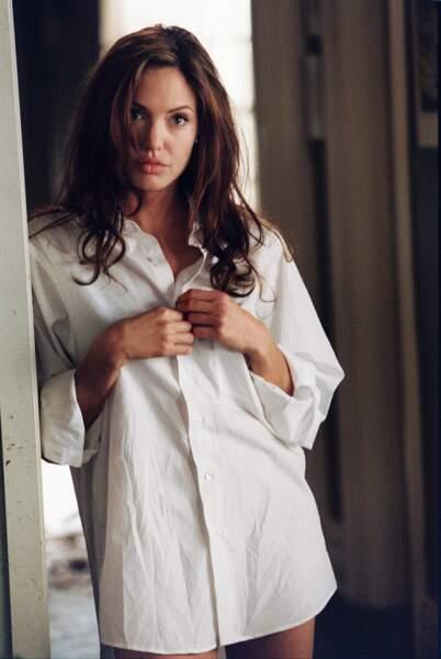 Mais entre Jennifer Aniston et Angelina Jolie, l'acteur a choisi...