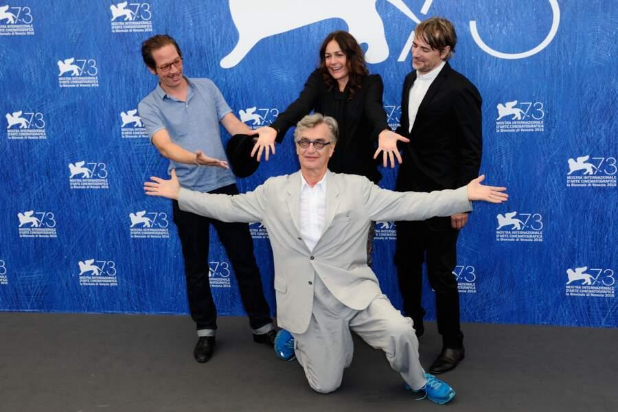 L'équipe du film Les Beaux Jours d'Aranjuez avec Reda Kateb