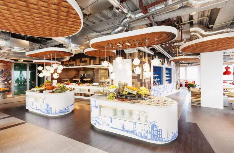 La cafétéria des bureaux d'Amsterdam ouvre franchement l'appétit !