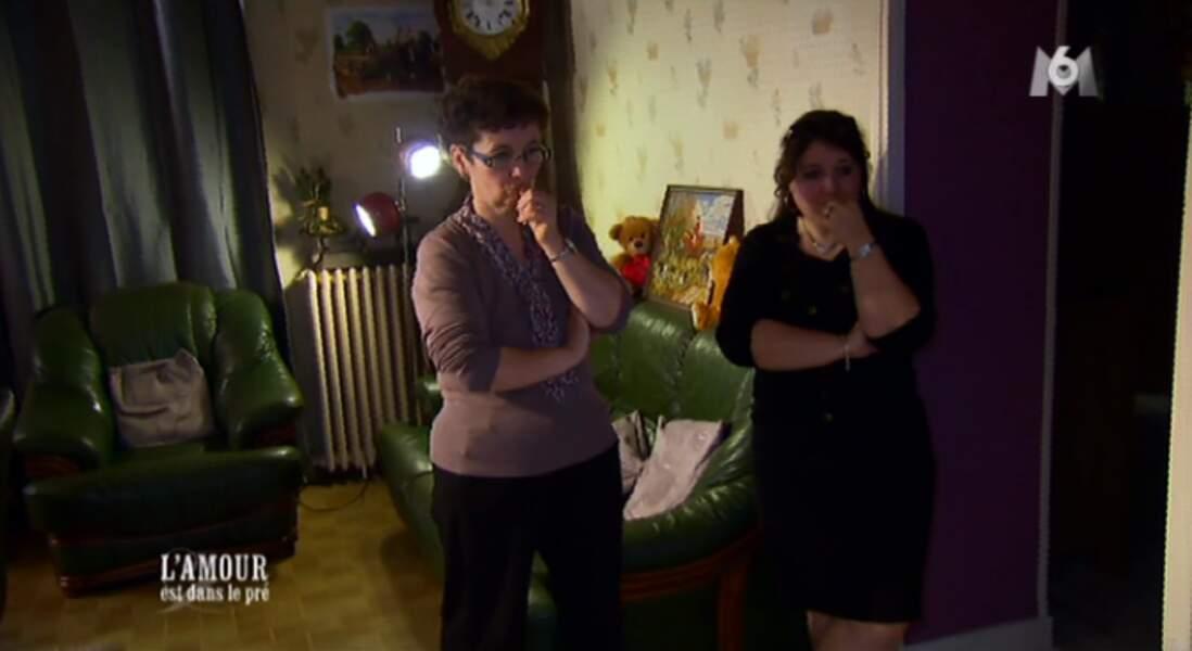 Voici les deux femmes de la vie de Christophe : sa mère et sa soeur. Y a-t-il une place pour une amoureuse ?