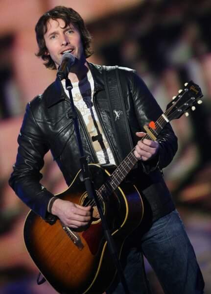 James Blunt avec sa guitare était aussi là en 2008