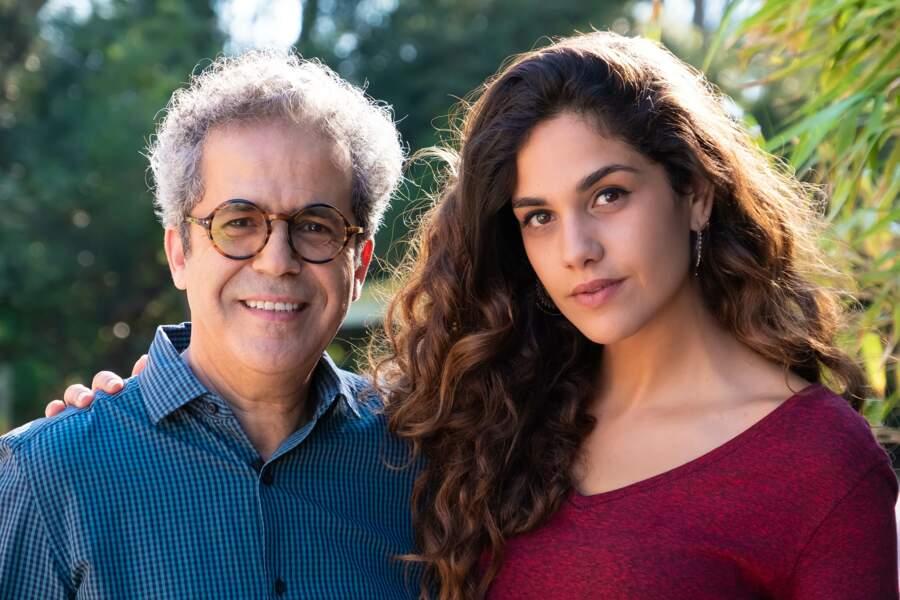 Madji Salama (Abel Aboualiten), le directeur du zoo, et sa petite fille Lucille (Naïma Rodric)