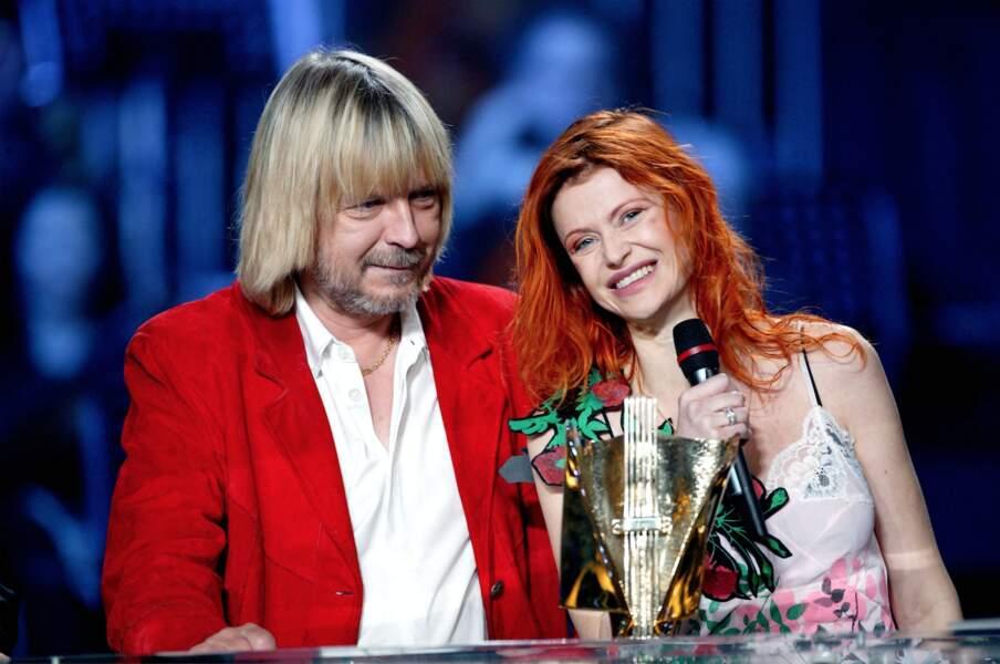 Avec Axelle Red, il remporte en 2003 la Victoire de la musique de la chanson de l'année