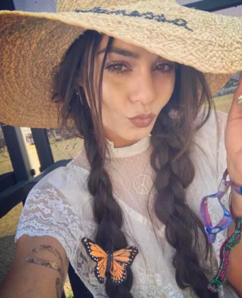 Vanessa Hudgens aime les papillons.