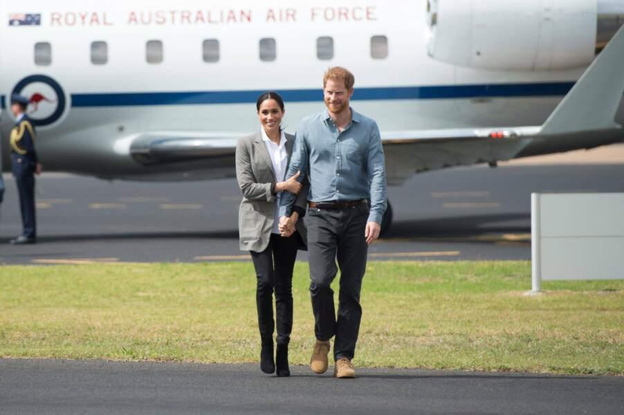 La duchesse du Sussex Meghan Markle et le Prince Harry sont arrivés paisiblement à Dubbo (Australie)